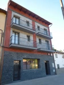 hotel-rural-moncayo-fachada-casa-768x1024