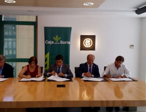 Firma de convenio de colaboración de Caja Rural de Soria con Proynerso.